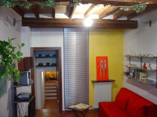 Apartment XX Settembre Parma - Parma vacation rentals