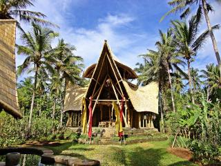 Remarkable Bamboo 3 storey House Pool WIFI nr Ubud - Bali vacation rentals