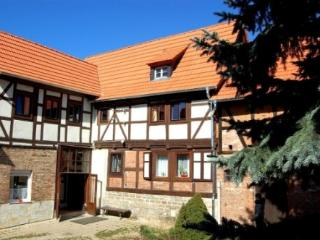 Vacation Home in Arnstein, Saxony-Anhalt - 1830 sqft, quiet, spacious, comfortable (# 3570) - Arnstein vacation rentals