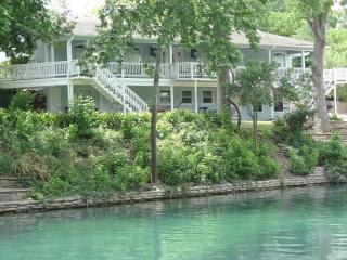THE BEST PLACE TO STAY ON THE COMAL RIVER - 405 - Texas Hill Country vacation rentals