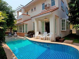 Pattaya - Villa Bliss Jomtien 4BED, Jomtien - Pattaya vacation rentals