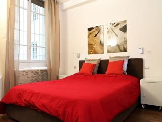 07. Luxury Apartment In The Heart Of Paris-Marais - 5th Arrondissement Panthéon vacation rentals