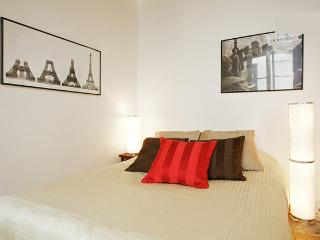 03. COSY APARTMENT-MARAIS-MOST CENTRAL - 5th Arrondissement Panthéon vacation rentals