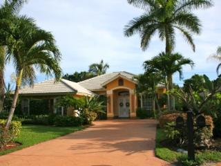 Spacious home with private pool and spa - United States vacation rentals