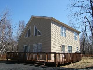Brier Crest Chalet - Blakeslee vacation rentals