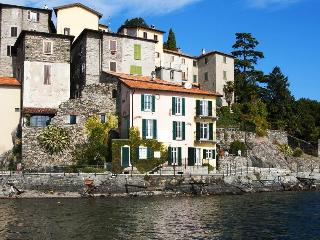 Lakeside! Lovely fishermans house, modern restored - Lake Como vacation rentals