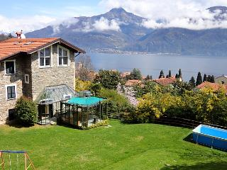 Cosy family-friendly villa with pool and lakeview - Meina vacation rentals