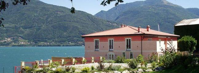 Holiday villa Maia in Pianello del Lario, Lake Como Italy - Luxury lakeside villa with pool for up to 16people - Pianello del Lario - rentals