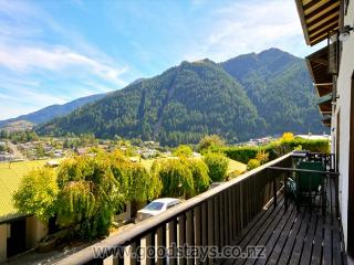 Lakeview 8 Apartment - Queenstown vacation rentals