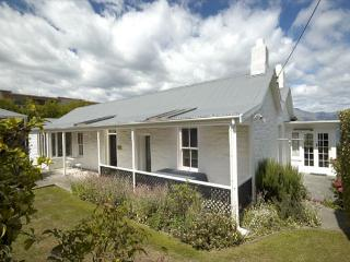 Stonehill Cottage - South Island vacation rentals
