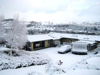 Amberley Ski Retreat - Queenstown vacation rentals