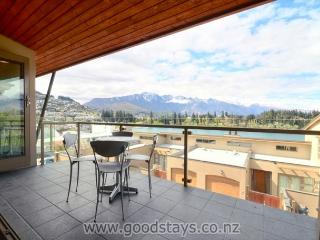 Lake Street 10 - South Island vacation rentals