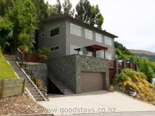 Winnie's Rest and Studio - South Island vacation rentals