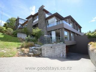 Adelaide Lakeside Apartment - New Zealand vacation rentals