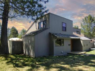 Meadow House 32 - Sunriver vacation rentals
