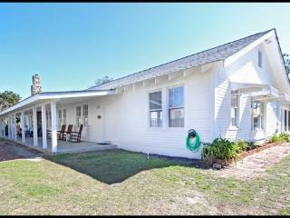 Beach Bum Inn - Georgia Coast vacation rentals