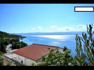 5935 A2(4+1) - Omis - Central Dalmatia vacation rentals