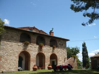 Agriturismo CAIO ALTO  -Historic farm  in Tuscany- - Cetona vacation rentals