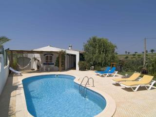 Comfortable villa in camp golf next Salema beach - Algarve vacation rentals