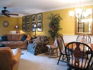 Ocean Edge overlooks Putting Green with A/C & Pool (fees apply) - CH0099 - Brewster vacation rentals