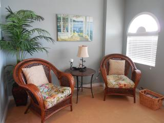 Dockside Condo 405, Designer styled vacation life - Clearwater Beach vacation rentals