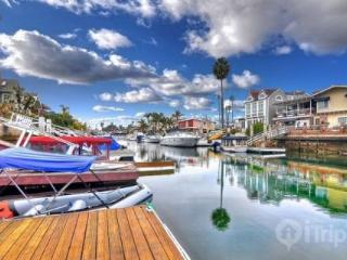 3BR / 3BA Beach House with Private Dock and Spacious Patio (3519254ha) - Newport Beach vacation rentals