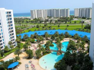 TWO LARGE MASTER SUITES The BEST VIEW at The Palms - Destin vacation rentals