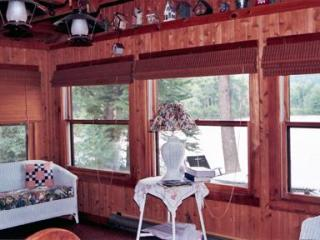 4 Bedroom Lake Front Cabin in White Mts of NH - White Mountains vacation rentals