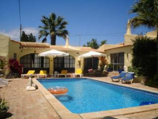 Elegant 3 bdr villa with nice mature gardens - Lagos vacation rentals
