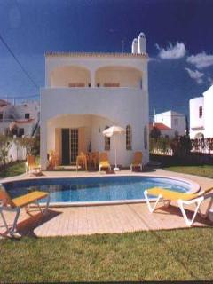 3 bdr villa w/ large pool at 1km from Coelha beach - Lagos vacation rentals