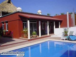Casa Suzanna: Lovely, 3 BR home with ocean view - Puerto Escondido vacation rentals