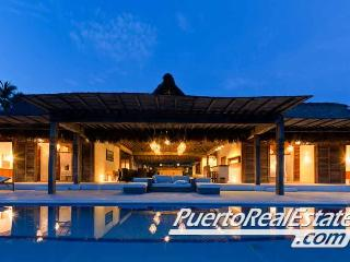 Villa Seacayuno: New, 4.5BR home in Los Naranjos - Puerto Escondido vacation rentals
