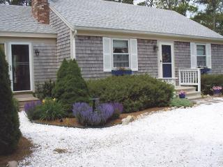 Quaint Home and Gardens at a Great Price (1024) - Wellfleet vacation rentals