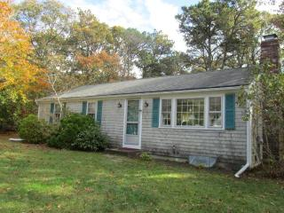 Cute Family Home Near Long Pond! (1043) - Wellfleet vacation rentals