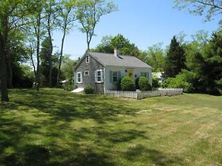 Walk to Skaket From this Cute Cottage (1165) - Wellfleet vacation rentals