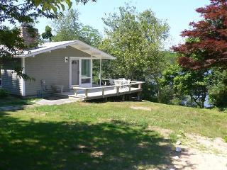 Renovated Cottage on Pilgrim Lake (1184) - Cape Cod vacation rentals