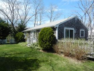Cute Cottage, Walk to Campground Beach (1200) - Eastham vacation rentals