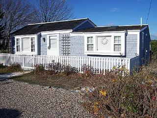 Modern & Cozy Cottage Near Mayo Beach! (1416) - Wellfleet vacation rentals