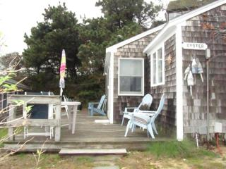 Cozy Cottage Overlooking Private Beach (1445) - Wellfleet vacation rentals