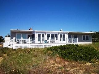 Beachfront Home with Stunning Views (1464) - Wellfleet vacation rentals