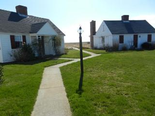The Bay is Your Back Yard (1521) - North Truro vacation rentals