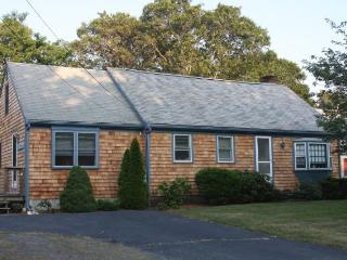 Great 3 BR has it all near Harwich Ponds (1572) - Harwich vacation rentals