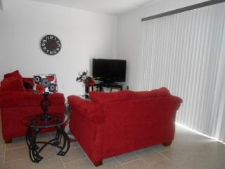 Relax in the Florida Sunshine! 4 Bed 3 1/2 Bath - Kissimmee vacation rentals