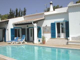 Nice 3bdr Villa w/ well kept large lawned garden - Lagos vacation rentals