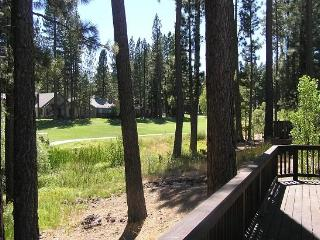 #130 SEQUOIA Mountain decor, on the golf course $200.00-$235.00 BASED ON FOUR PEOPLE OCCUPANCY AND NUMBER OF NIGHTS (plus county - Plumas County vacation rentals