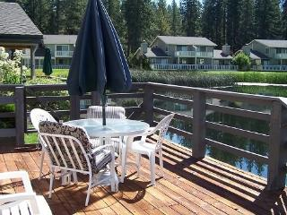 #55 PONDEROSA Comfy Town Home $90.00-$125.00 BASED ON FOUR PERSON OCCUPANCY AND NUMBER OF NIGHTS (plus county tax, SDI, and proc - Plumas County vacation rentals