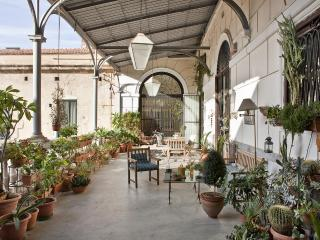 Palazzo Cattolica Art-Apartment - Palermo vacation rentals