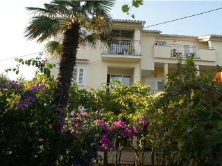 Attractive apartment for 6 persons near the beach in Krk - Medulin vacation rentals