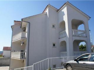 Apartment for 3 persons near the beach in Krk - Medulin vacation rentals