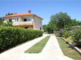Attractive apartment for 3 persons near the beach in Krk - Medulin vacation rentals